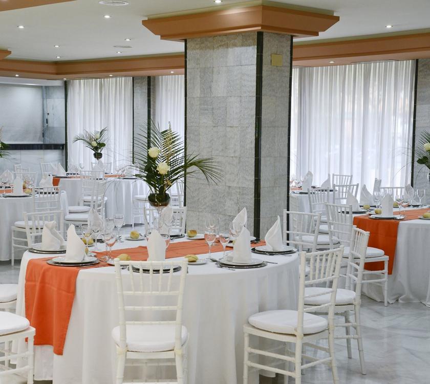 Рестора́н Отель San Pablo Sevilla Отель San Pablo Sevilla
