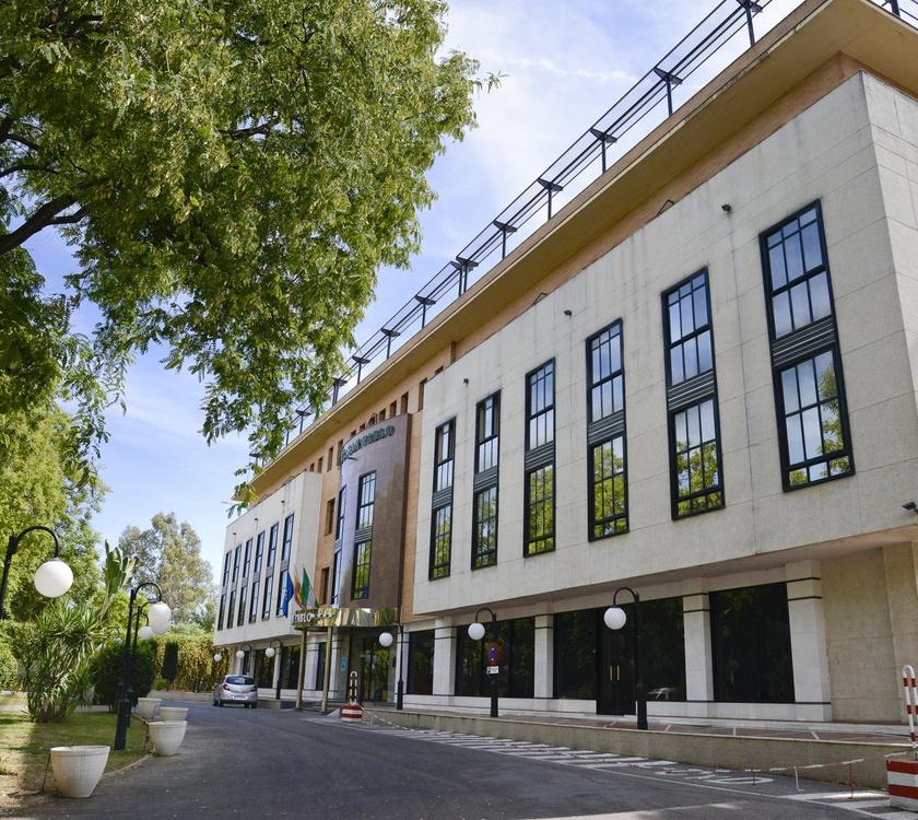 Фасад Отель San Pablo Sevilla Отель San Pablo Sevilla